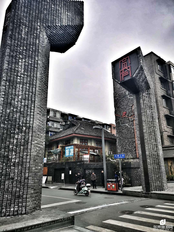 【做客巴蜀】成都、乐山、峨眉山、都江堰、熊猫乐园双飞6日之旅