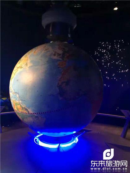 梦幻乐园迪士尼、交大航模DIY、探秘上海科技馆6日陪伴之旅