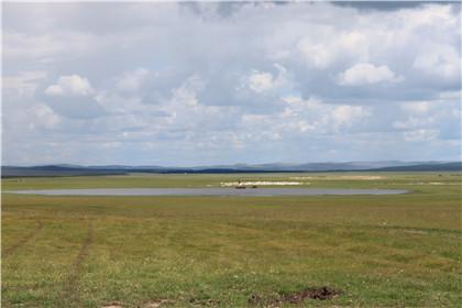 科尔沁草原、狼图腾乌拉盖、塔敏查干沙漠、大青沟双卧5日游